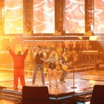 Christina Aguilera, Cee Lo Green, Adam Levine y Black Shelton actuaron en The Voice