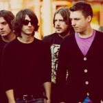 Arctic Monkeys lanzan 'The Hellcat Spangled Shalalala' y su video