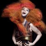 Björk estrena el video de 'Crystalline'