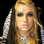 Se filtra el video oficial del tema 'Backstabber' de Ke$ha
