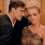 Britney Spears estrena el video de 'Criminal'