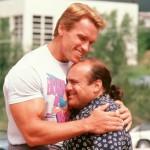 Arnold Schwarzenegger confirma la secuela de 'Los Gemelos golpean dos veces'