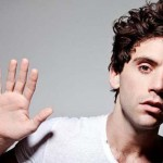 MIKA estrena su nuevo single 'Talk About You'