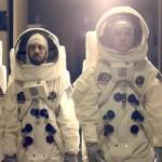 Imagine Dragons «viaja» a la Luna en el vídeo de 'On Top Of The World'