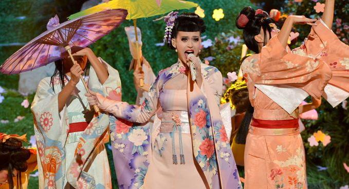 Katy Perry AMA Unconditionally