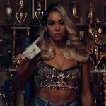 Beyoncé publica su nuevo disco con sus vídeos por sorpresa