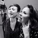 'Por ser tú', el single con el que Olé Olé recuerda a Juan Tarodo