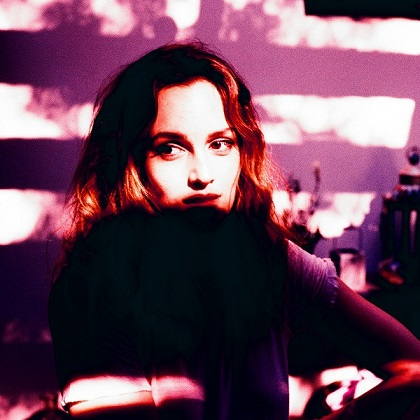 Leighton-Meester-Heartstrings