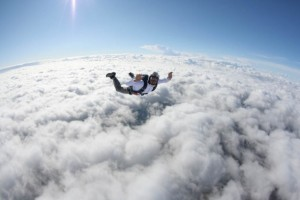 I-WANT-to-do-a-parachute-jump-590x393