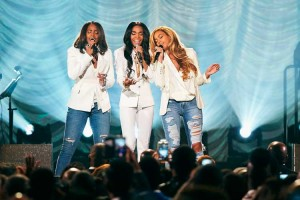 destinys-child-stellar-awards-30mar15-02