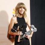 Taylor Swift arrasa entre los ganadores de los iHeartsRadio Music Awards 2015