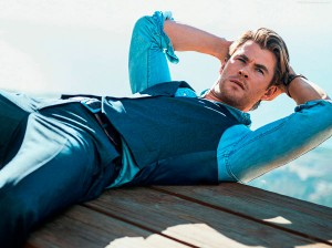 Chris-Hemsworth-Jan-2015-GQ-magazine-hottest-actors-37980466-2000-1493