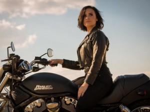 Demi-Lovato-500x375c