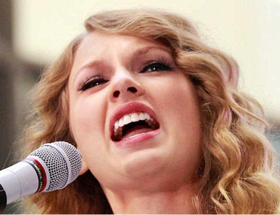 Taylor Swift dona 250.000 dólares a Kesha