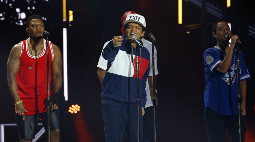 Bruno Mars performs during the MTV European Music Awards 2016, in Rotterdam, Netherlands, Sunday, Nov. 6, 2016. (AP Photo/Peter Dejong)