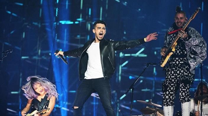 US band DNCE performs at the MTV Europe Music Awards (EMA) on November 6, 2016 at the Ahoy Rotterdam in Rotterdam. / AFP / Emmanuel DUNAND