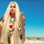 El nuevo disco de Kesha es un éxitoY alcanza el primer puesto en Billboard.