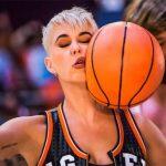 Katy Perry estrena el vídeo de Swish Swish