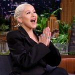 Christina Aguilera canta Fall in Line en The Tonight Show
