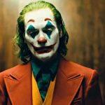 Alegra esa cara y descubre el primer trailer en español de Joker