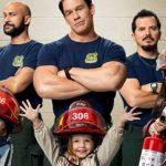 John Cena se mete a bombero en Jugando con Fuego
